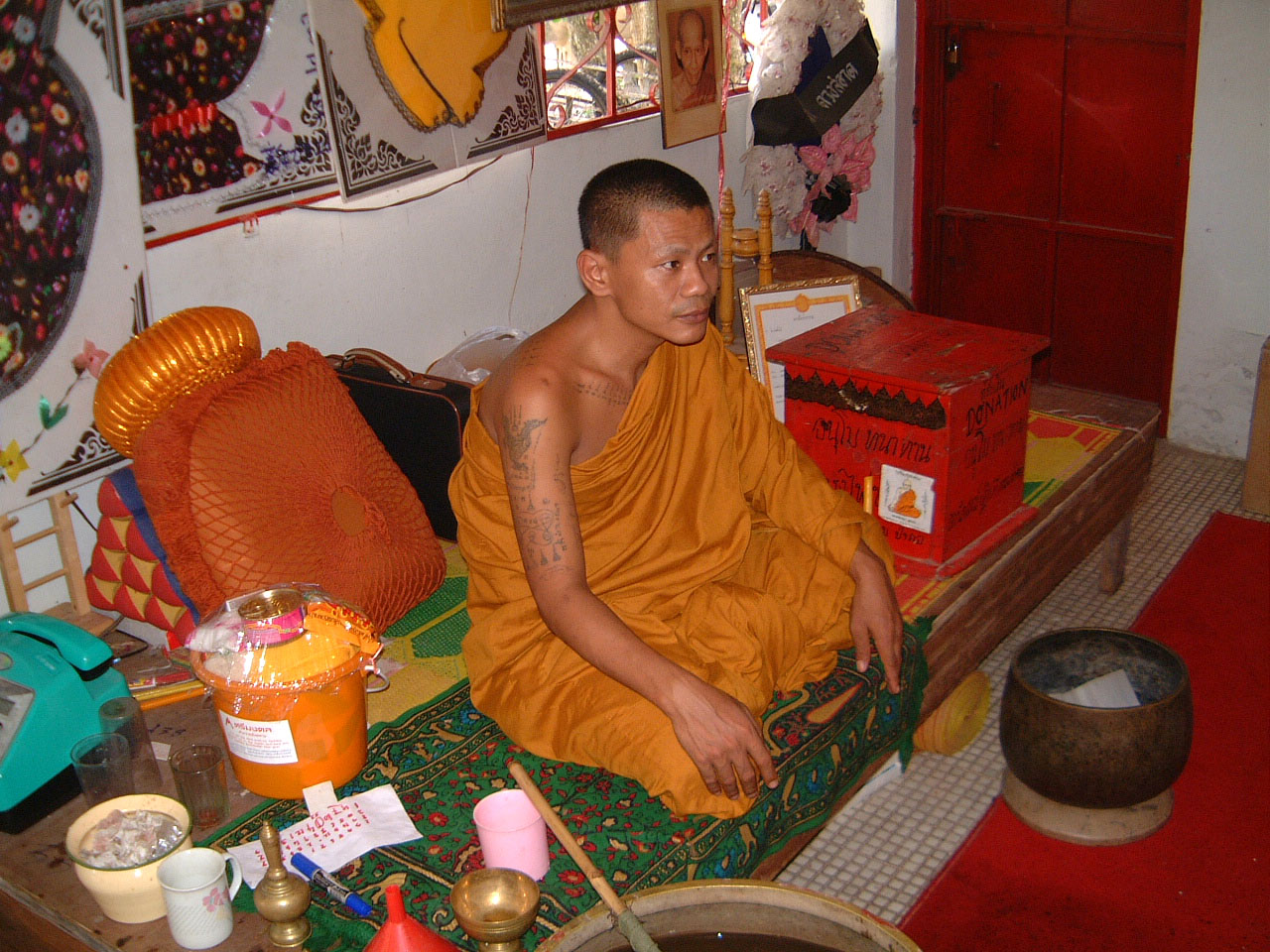 Buddhist Pilgrimage Southern Thailand Apr 2001 18