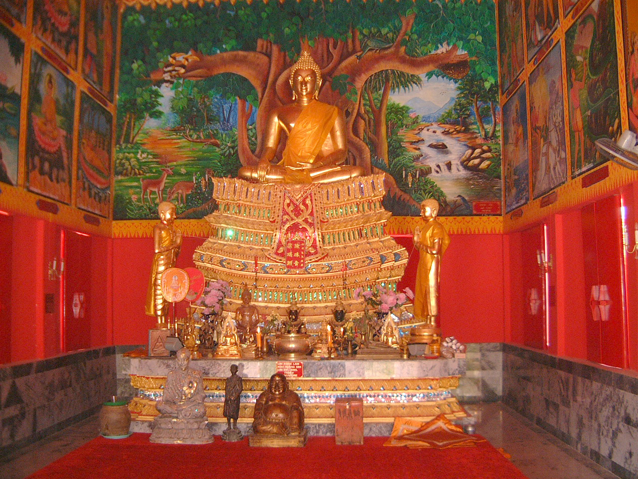 Buddhist Pilgrimage Southern Thailand Apr 2001 22