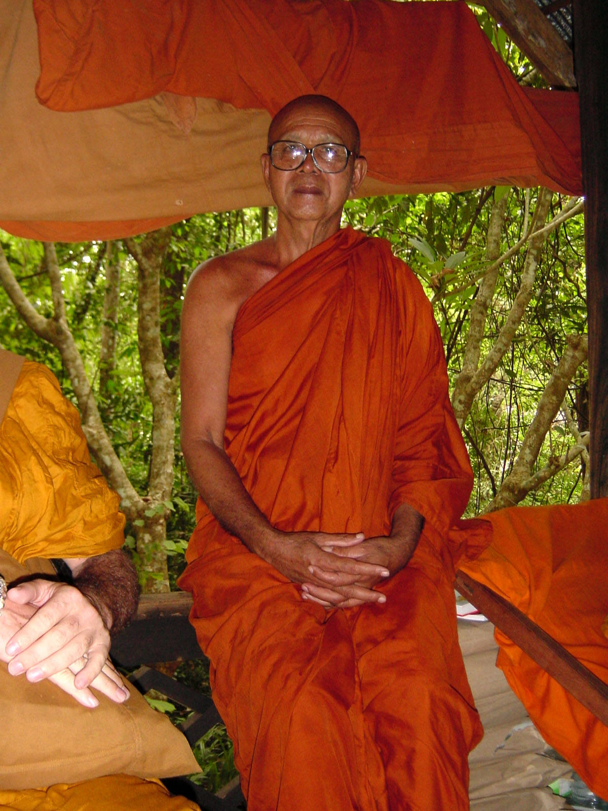 Buddhist Pilgrimage Southern Thailand Apr 2001 25