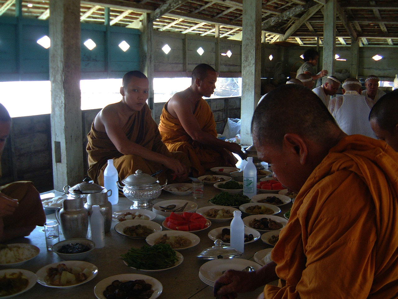 Buddhist Pilgrimage Southern Thailand dharma lunch 2001 01