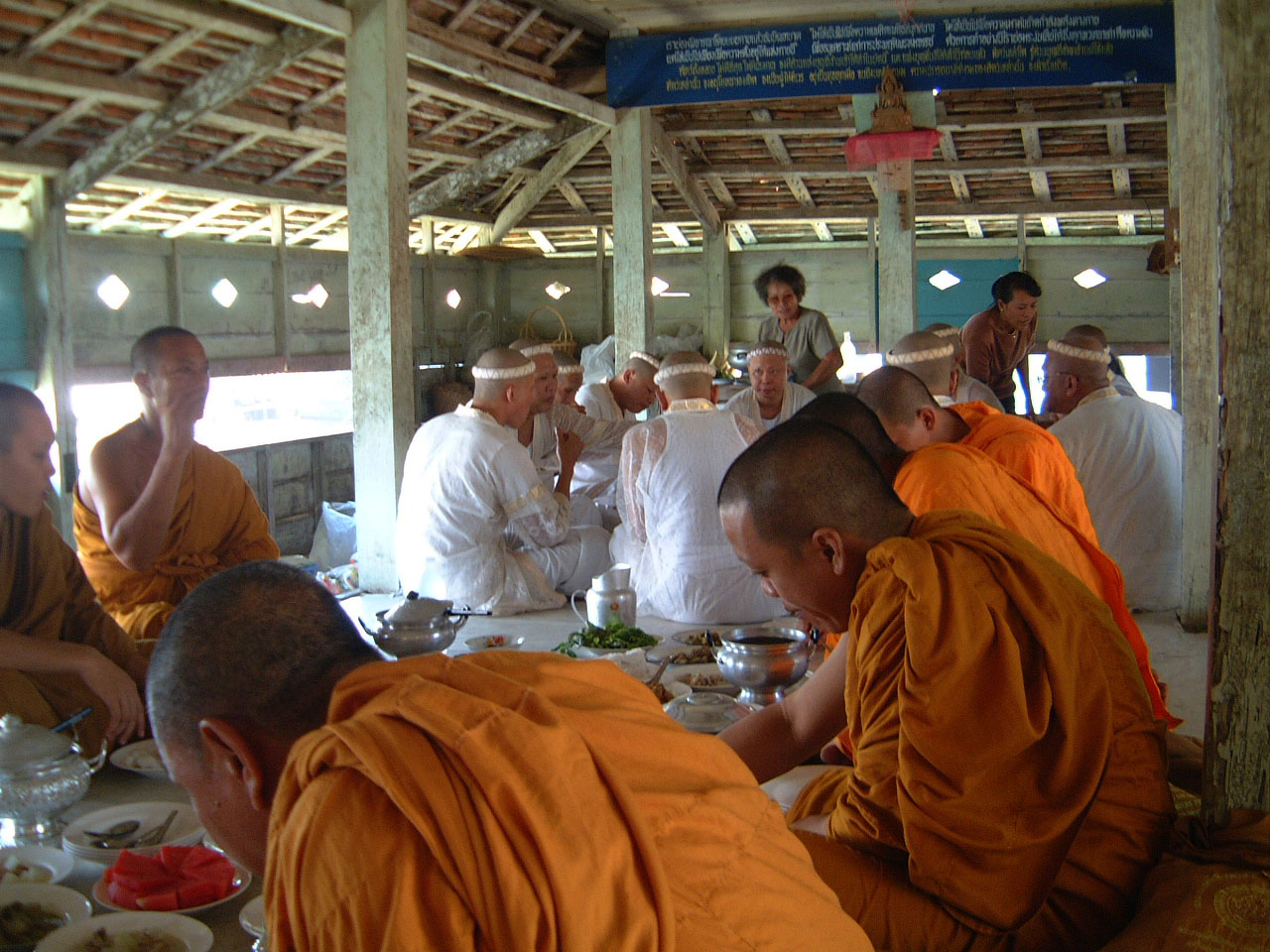 Buddhist Pilgrimage Southern Thailand dharma lunch 2001 02