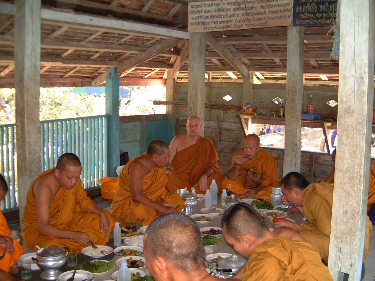 Buddhist Pilgrimage Southern Thailand dharma lunch 2001 05