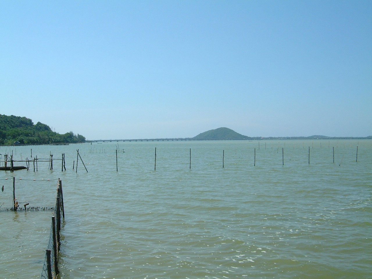 Buddhist Pilgrimage near Malaysian Boarder Apr 2001 03