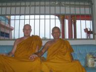 Asisbiz Buddhist Pilgrimage Southern Thailand Apr 2001 04