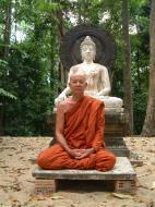 Asisbiz Buddhist Pilgrimage Southern Thailand Apr 2001 09