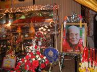 Asisbiz Buddhist Pilgrimage Southern Thailand Apr 2001 17