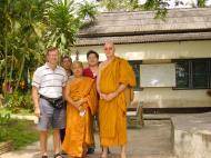 Asisbiz Buddhist Pilgrimage Southern Thailand Apr 2001 24