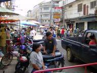 Asisbiz Buddhist Pilgrimage Southern Thailand Apr 2001 28