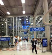 Asisbiz Passenger Terminal Suvarnabhumi Airport Thailand 2009 01