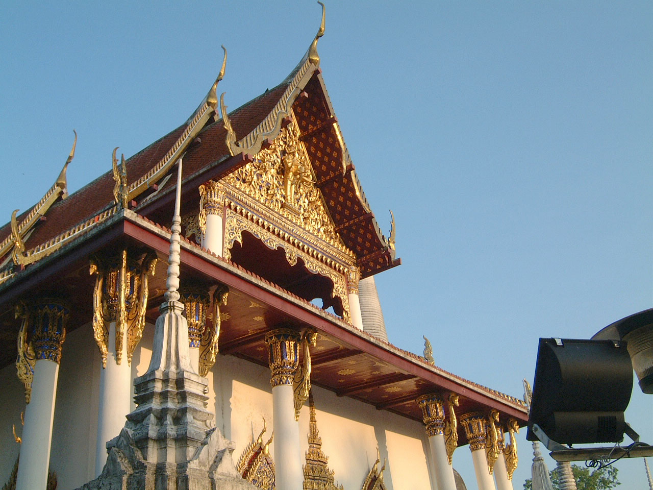 Wat Phra Baromathat Nakhon Srithammarat Apr 2001 04
