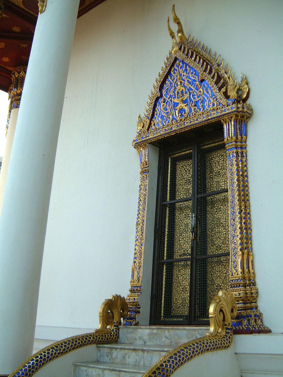Wat Phra Baromathat Nakhon Srithammarat Apr 2001 07