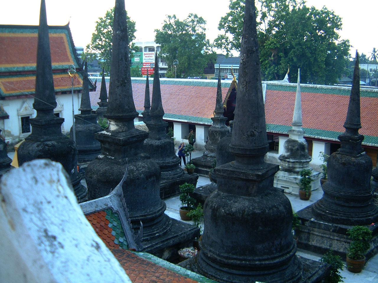 Wat Phra Baromathat Nakhon Srithammarat Apr 2001 14