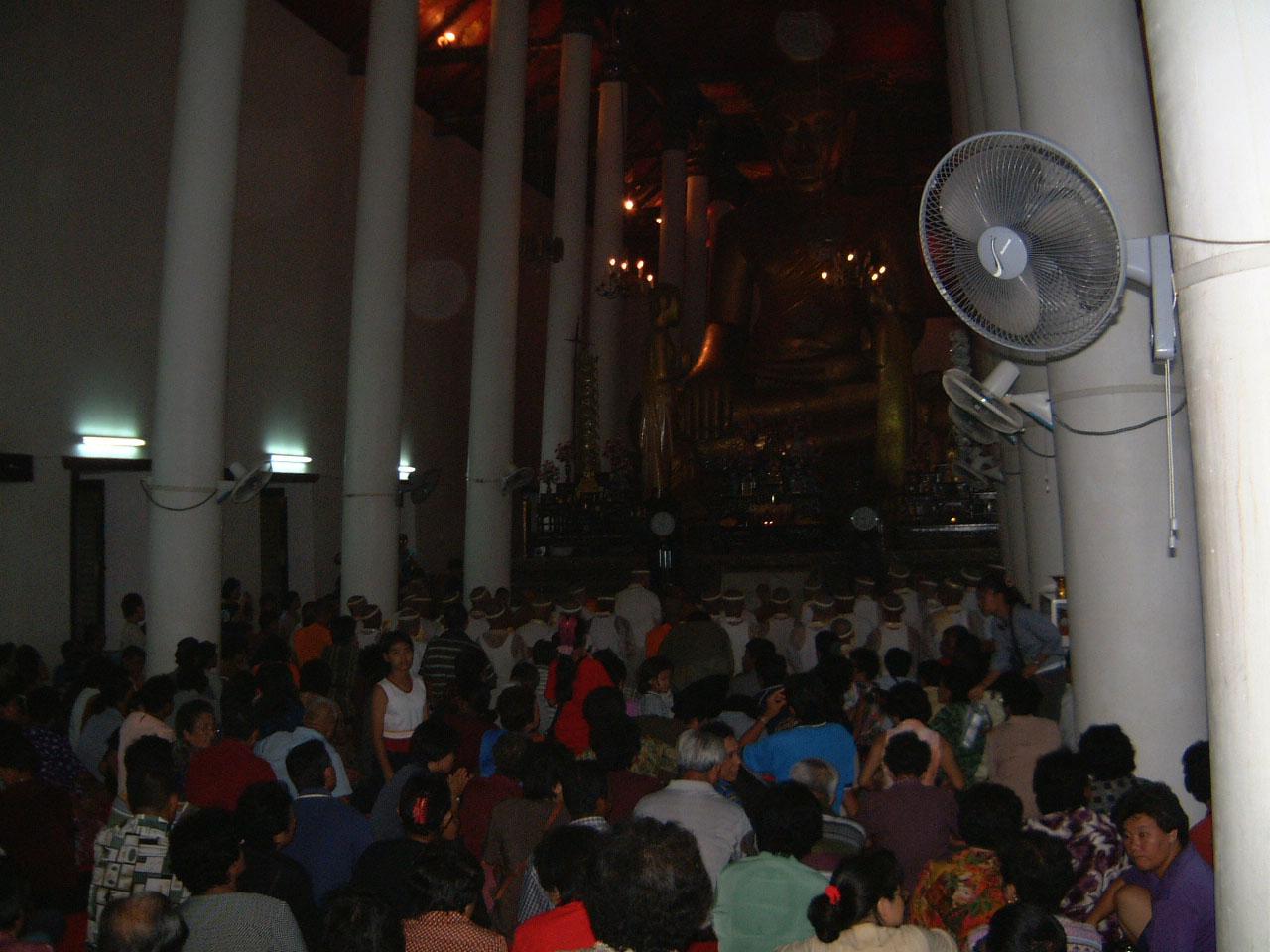 Wat Phra Baromathat Nakhon Srithammarat Apr 2001 18