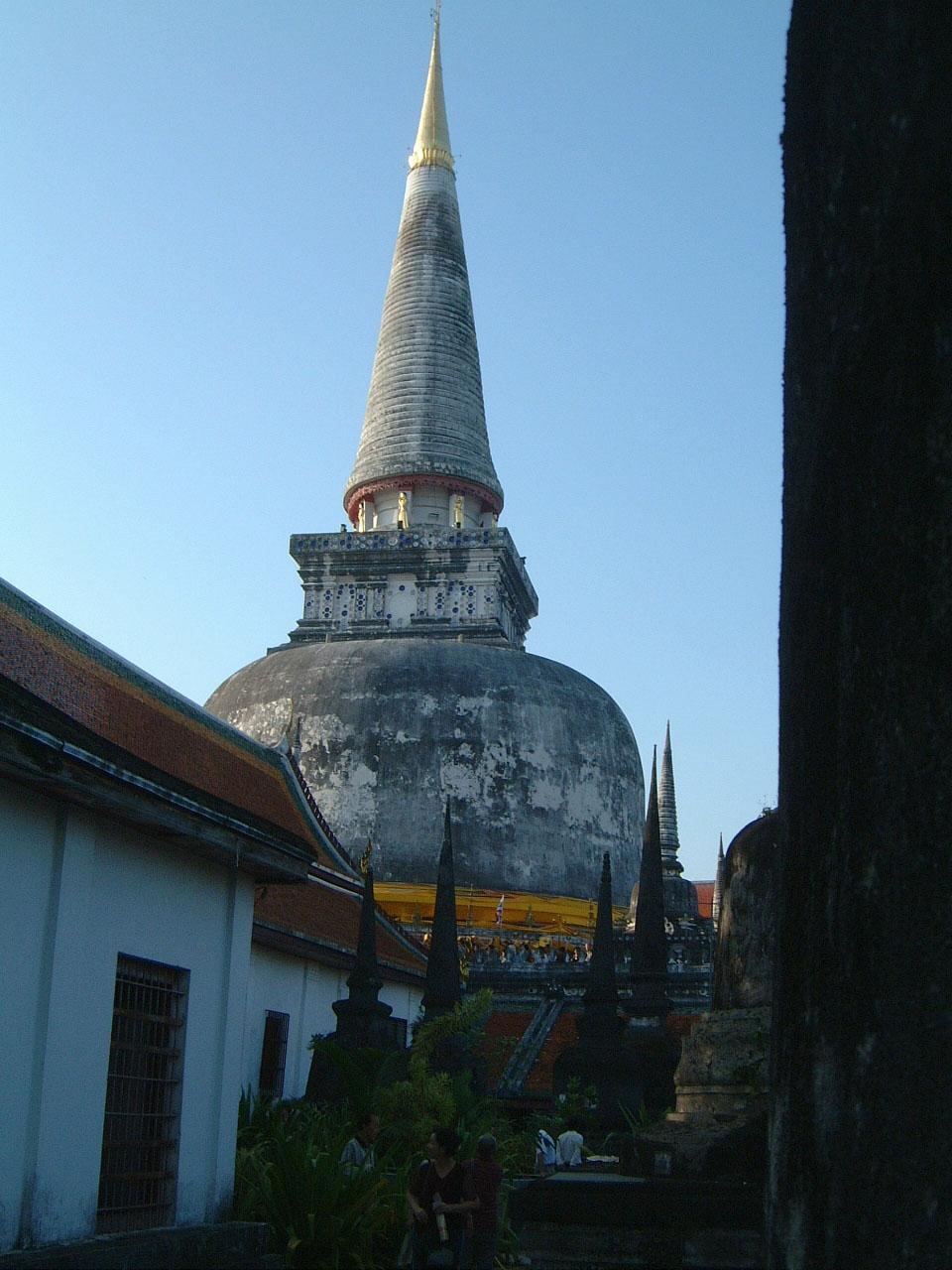 Wat Phra Baromathat Nakhon Srithammarat Apr 2001 23