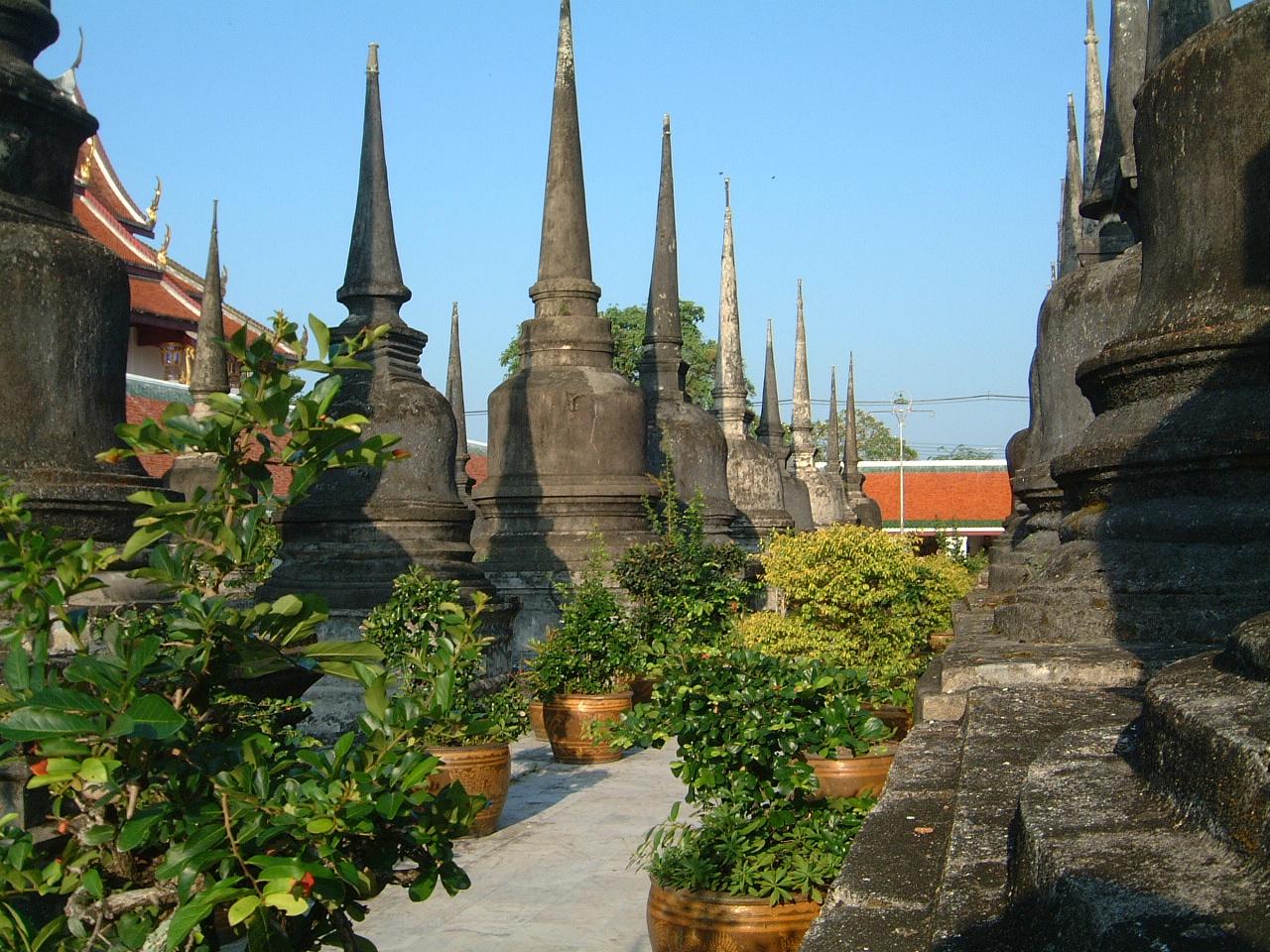 Wat Phra Baromathat Nakhon Srithammarat Apr 2001 24