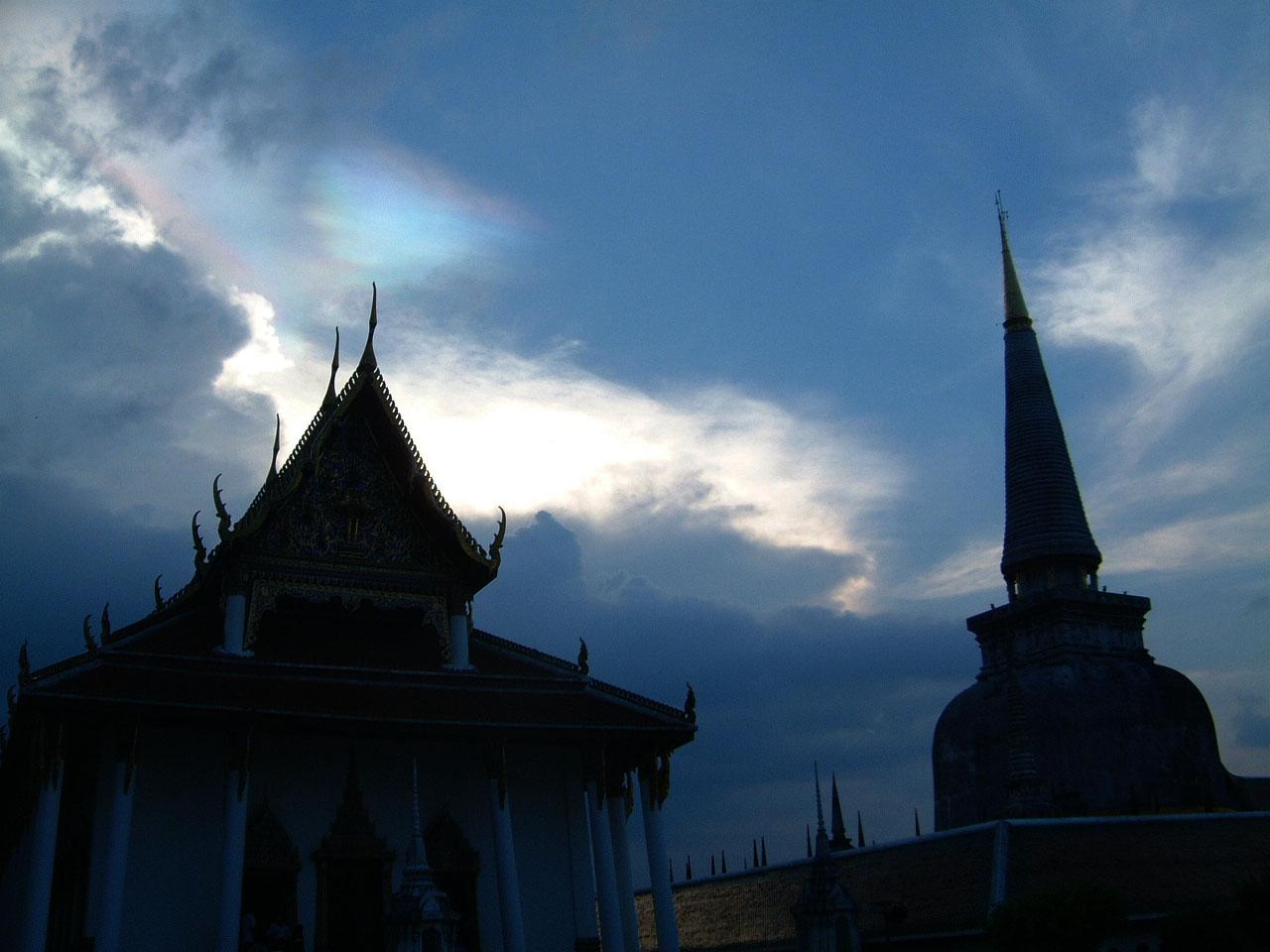 Wat Phra Baromathat Nakhon Srithammarat Apr 2001 38