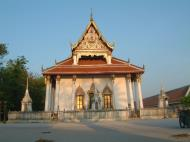 Asisbiz Wat Phra Baromathat Nakhon Srithammarat Apr 2001 02