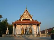 Asisbiz Wat Phra Baromathat Nakhon Srithammarat Apr 2001 03