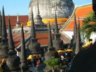 Asisbiz Wat Phra Baromathat Nakhon Srithammarat Apr 2001 25