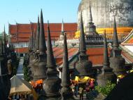 Asisbiz Wat Phra Baromathat Nakhon Srithammarat Apr 2001 26