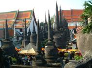Asisbiz Wat Phra Baromathat Nakhon Srithammarat Apr 2001 28