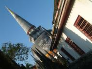 Asisbiz Wat Phra Baromathat Nakhon Srithammarat Apr 2001 31