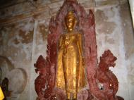 Asisbiz Wat Phra Baromathat Nakhon Srithammarat Buddhas Apr 2001 08