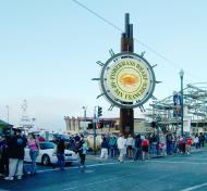 Asisbiz Fishermans Wharf street scenes San Francisco CA Aug 2004 01