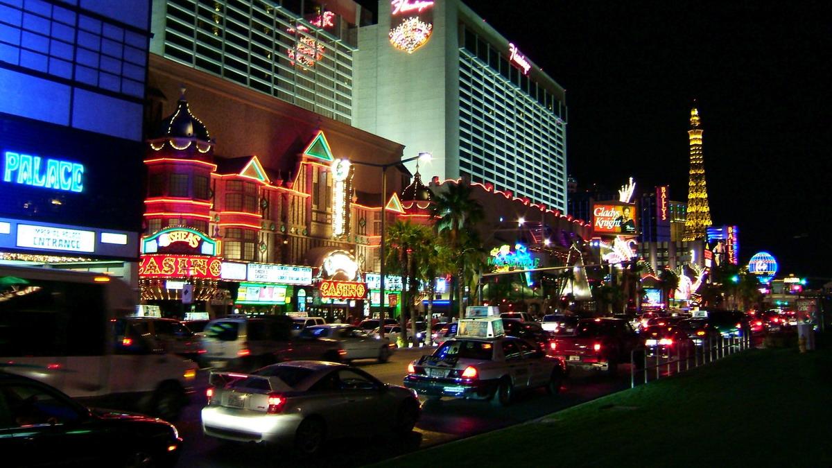 1 Hotel Flamingo 3555 Las Vegas Blvd S Nv 89109 02