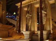 Asisbiz 1 Hotel Luxor 3900 Las Vegas Blvd Egyptian Art 24