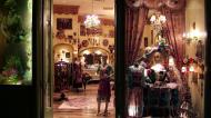 Asisbiz 1 Hotel Venetian 3355 Las Vegas Blvd designer shops 30