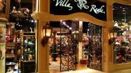 Asisbiz 1 Hotel Venetian 3355 Las Vegas Blvd designer shops 31
