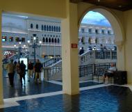 Asisbiz 1 Hotel Venetian decor Las Vegas Blvd South Las Vegas NV 89109 05