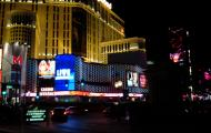 Asisbiz 1 Las Vegas Blvd the strip at night 11