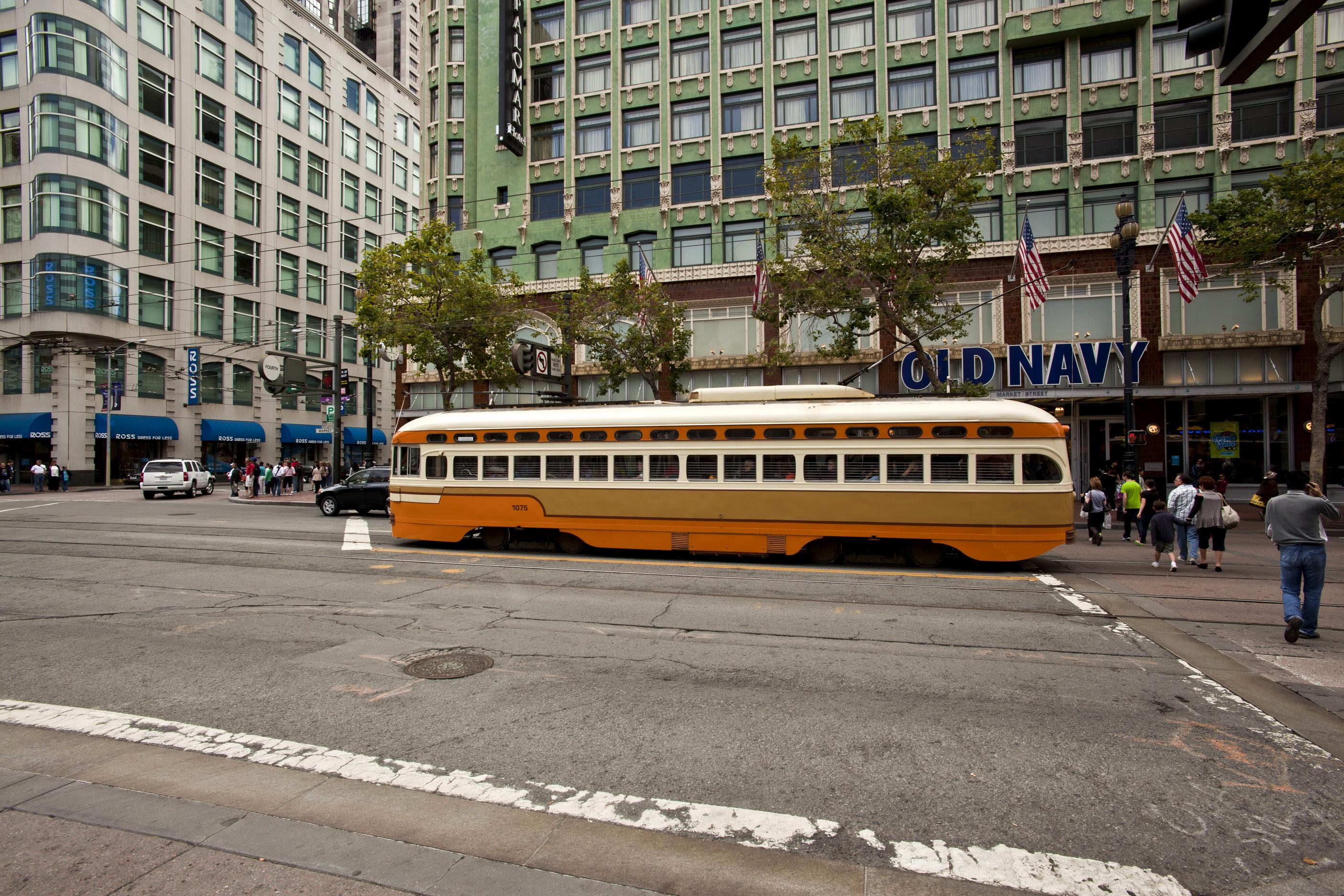 San Francisco Municipal Railway fleet PCC street car fleet cable car no 1075 01