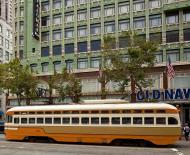 Asisbiz San Francisco Municipal Railway fleet PCC street car fleet cable car no 1075 02