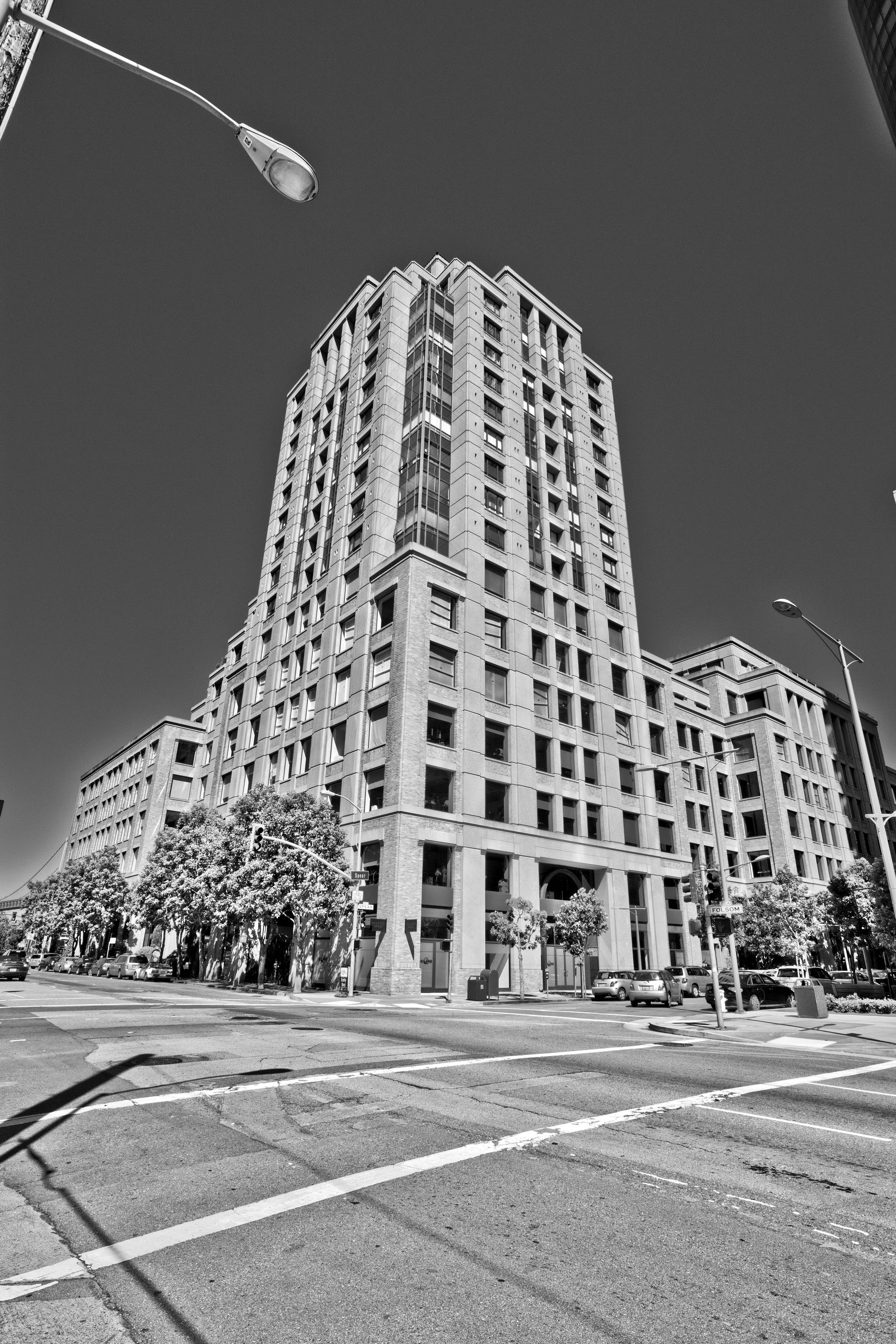 Architecture cnr Spear and Folsom St San Francisco CA July 2011 02