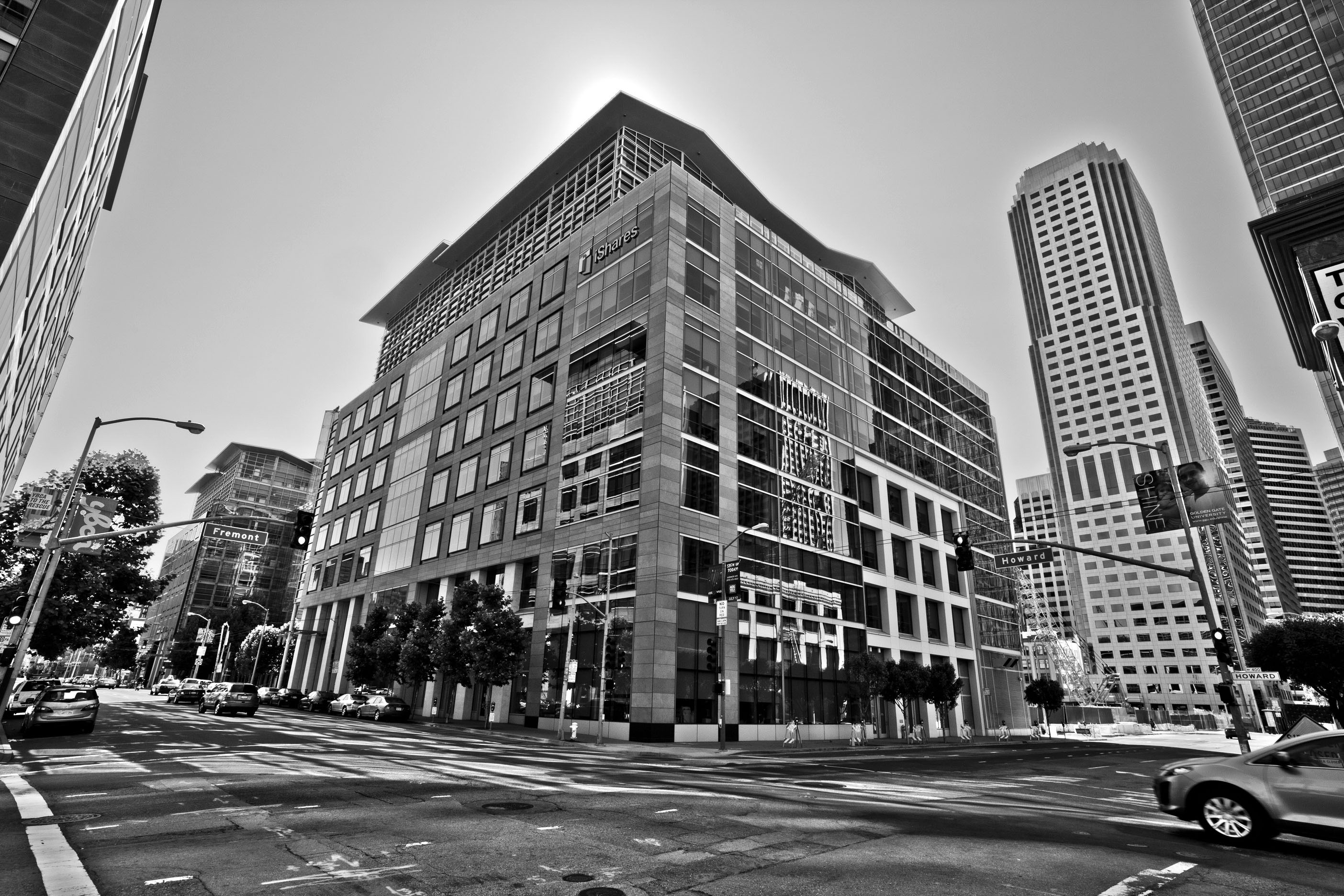 Architecture iStock Bldg cnr Howard and Fremont St San Francisco CA July 2011 02