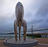 Asisbiz The Embarcadero Rincon Park area Space ship monument CA July 2011 04