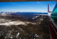 Asisbiz Flying over the snow covered San Rafael Mountain Range 6,820 ft California May 2012 01