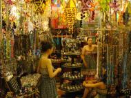 Asisbiz HCMC Ben Thanh Markets Jewelry stalls Nov 2009 08