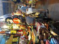 Asisbiz HCMC Ben Thanh Markets Lacquerware stalls Nov 2009 07