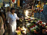 Asisbiz HCMC Ben Thanh Markets Lacquerware stalls Nov 2009 08