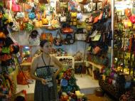 Asisbiz HCMC Ben Thanh Markets handycrafts stalls Nov 2009 03