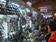 Asisbiz HCMC Ben Thanh Markets shoe stalls Nov 2009 02