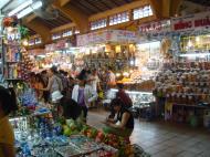 Asisbiz HCMC Ben Thanh Markets stalls Nov 2009 01