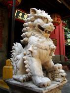 Asisbiz HCMC Phuoc Hai Jade Emperor Pagoda Lion Guardians Nov 2009 02