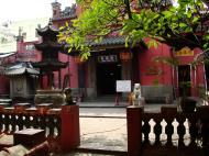 Asisbiz HCMC Phuoc Hai Jade Emperor Pagoda main entrance Nov 2009 01