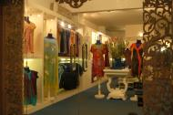 Asisbiz Vietnam Ho Chi Minh City Saigon Fashion shops Feb 2009 13