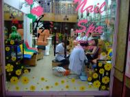 Asisbiz Vietnam Ho Chi Minh City Saigon street scenes shops Feb 2009 004